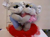 Мягкая игрушка Мышки на сердце в одежке