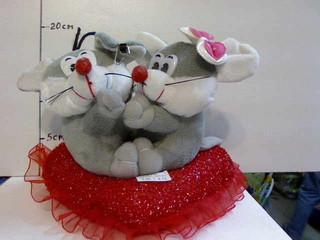 Мягкая игрушка Мышки на сердце