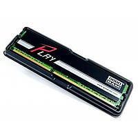 Модуль памяти для компьютера DDR3 4GB 1600 MHz Play Black GOODRAM (GY1600D364L11/4G).