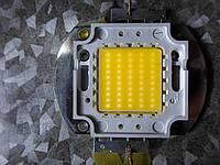 Светодиод 50 (100)вт (w), 6000 (9000)Lm,45*45mil, 3250К, качество