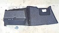 Обшивка багажника Ауди А8, правая, 1998 г.в. 4D0863882B