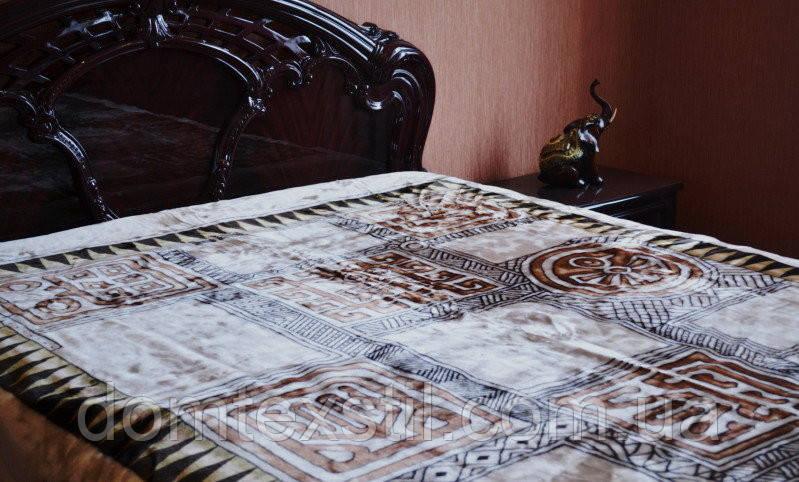 Плед с греческим рисунком коричневого цвета евро
