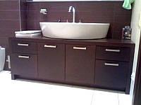 Мебель для ванной комнаты деревянная