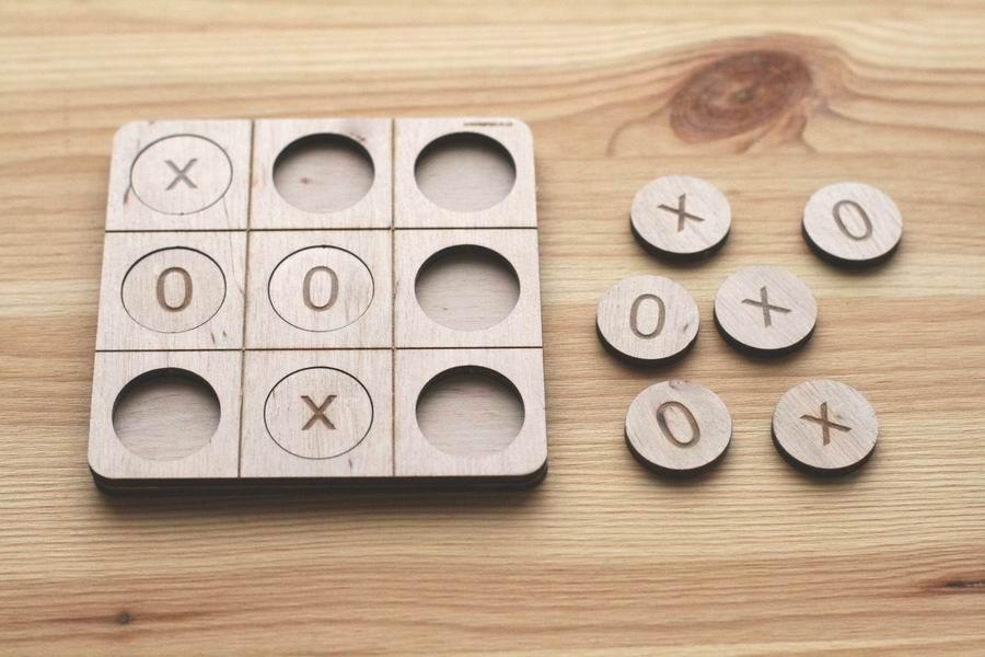 Игра крестики нолики из фанеры