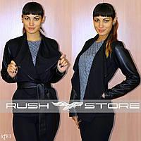 Женский пиджак с рукавами из эко-кожи