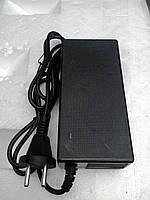 Зарядное устройство для гироскутера.