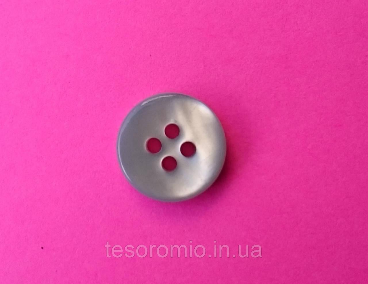 Пуговица рубашечная перламутровая голубая, 10 мм диаметр