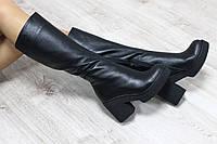 Демисезонные кожаные сапоги черные на удобном каблуке
