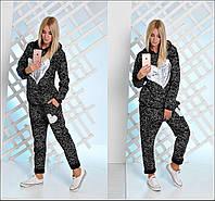 Женский спортивный костюм с капюшоном паутинка