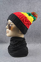 Стильная шапка Многоцветная