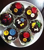 """Капкейки домашние шоколадные """"Пуговка + Бантик""""  украшением кондитерской мастикой и шоколадной глазурью"""