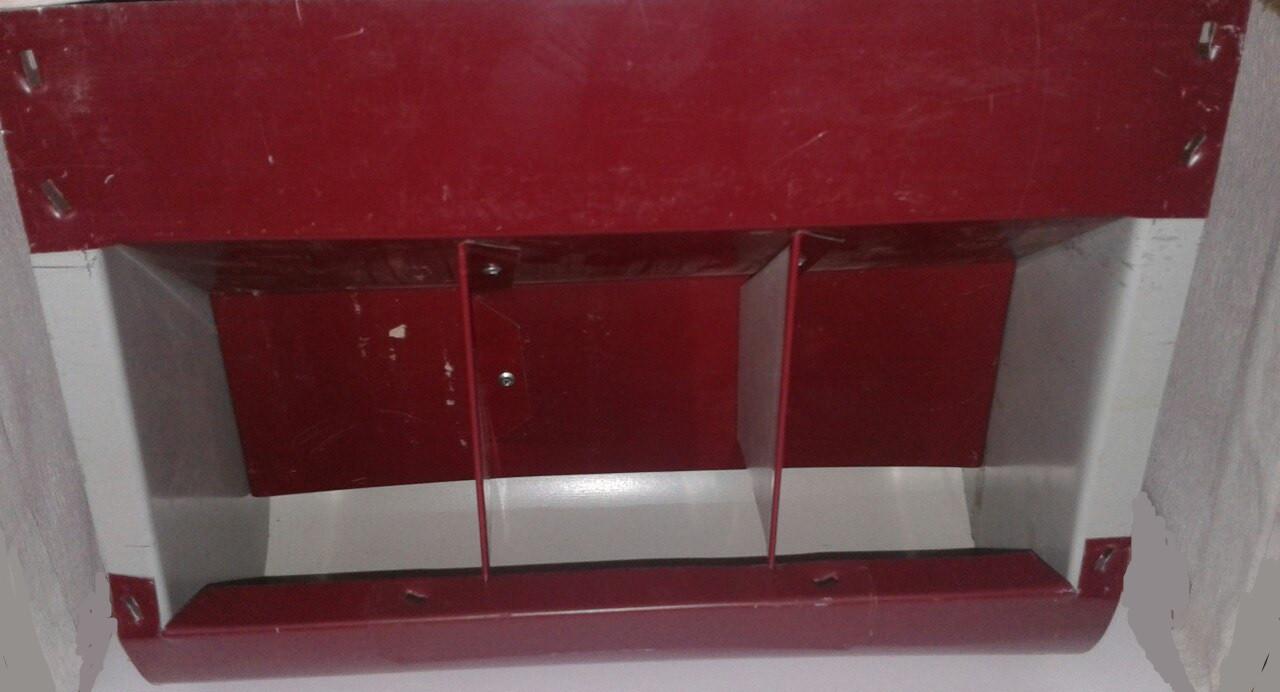 Бункерная кормушка трех секционная