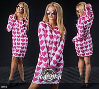 Платье с капюшоном ангоровое с принтом сердечки