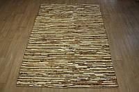 Плетеный ковер из полосок шкуры бежевого цвета , фото 1