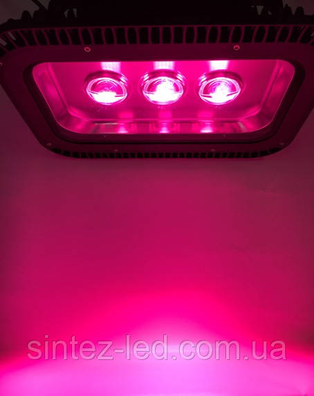 Светодиодный фитопрожектор SL-150GLens 150W IP66 (full fito spectrum led) Код.58771