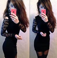 Платье с рукавами из гипюра и вырезами на плечах Черное