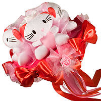Букет из мягких игрушек Котики в красном