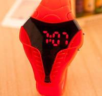 Кварцевые спортивные часы Сobra (red)