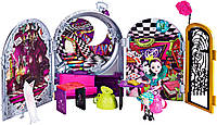 Набор Рэйвен Квин Дорога в страну чудес Ever After High Raven Queen Way Too Wonderland Playset Рейвен