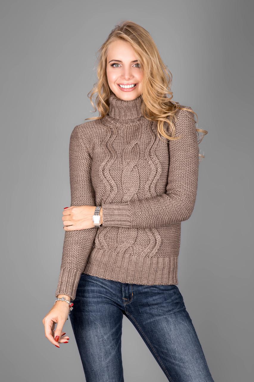 Теплый женский свитер из мягкой пряжи с воротником под горло капучино