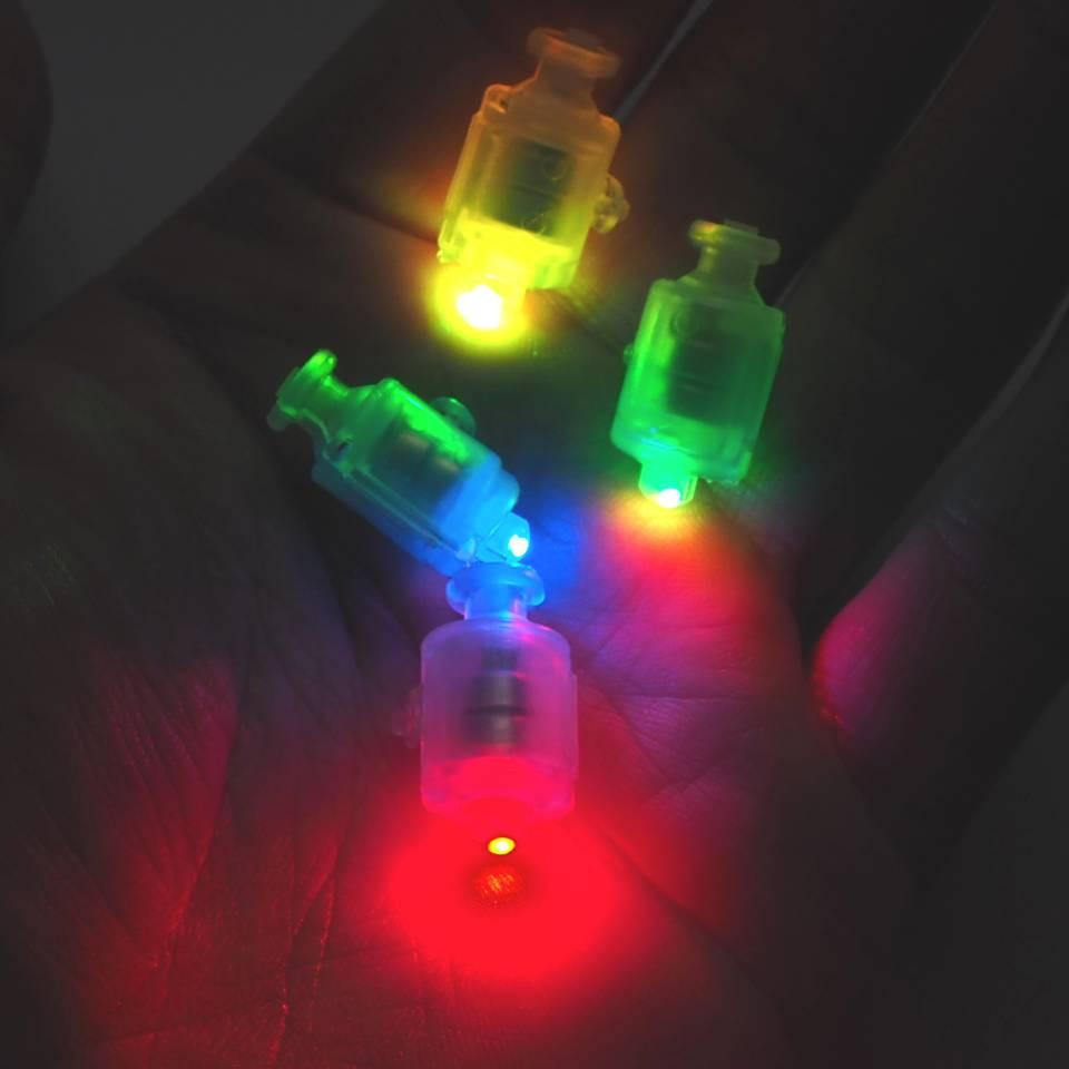 Светодиод для шаров SoFun с кнопкой разноцветный цена за 1 шт