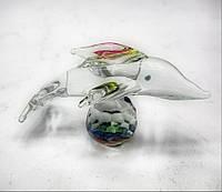 Дельфин на шаре хрустальный (6х4х4 см)