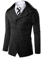 Приталенная черная куртка с капюшоном на пуговицах