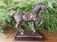 Коллекционная статуэтка Veronese Лошадь на подставке 76250A4