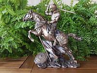 Коллекционная статуэтка Veronese Рыцарь на коне с мечом 73737A4