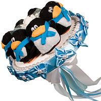 Букет из мягких игрушек Пингвинчики голубой