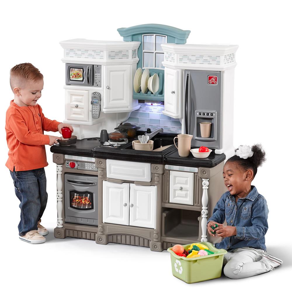 Интерактивная детская кухня Step2 8521