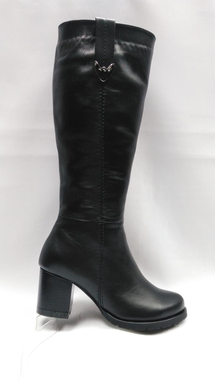 Черные кожаные  зимние сапоги. Маленькие размеры (33-35).