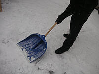 Очистка крыш от снега и чистка кровли от сосулек