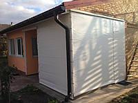 Непрозрачные шторы пвх на веранду