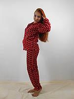Теплая женская махровая пижама: кофта на молнии и брюки, красная в горошек