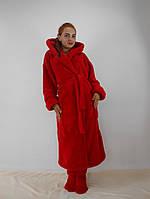 Женский махровый халат длинный с капюшоном и карманами, красный цвет