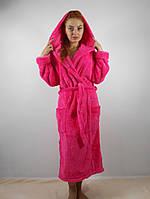 Женский махровый халат длинный с капюшоном и карманами, малиновый цвет