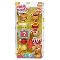 Набор ароматных игрушек NUM NOMS S2 - БУРГЕРМАНИЯ (6 намов, 2 нома, с аксессуарами, в ассортименте)
