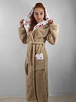 Женский махровый халат длинный с капюшоном и карманами, на поясе. Бежевый цвет