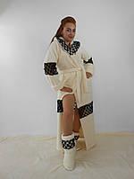 Женский махровый халат длинный с капюшоном на поясе. С кружевными вставками. Молочный цвет
