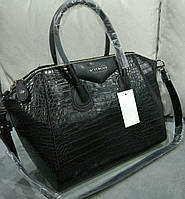 Сумка Givenchy под рептилию черная