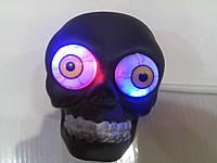 Пищалка череп со светящимися глазами