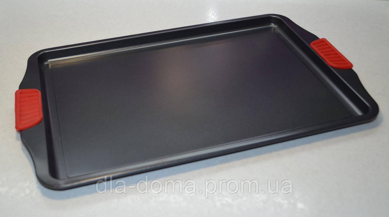 Противень металлический с антипригарным покрытием силиконовые ручки 50 см. Х 31 см.