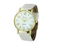 Женские часы белого цвета Geneva (188)