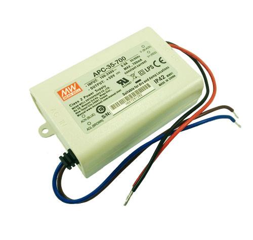 Блок живлення 700mА 35Вт 15-50вольт APC-35-700 драйвер струму світлодіодів 700mА MEAN WELL 4589