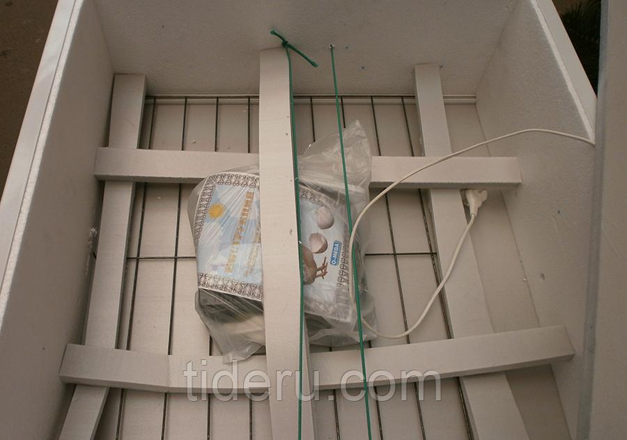 Инкубатор Курочка Ряба 130 механический с ТЭНом