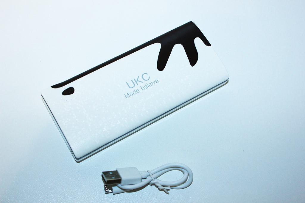 Внешний аккумулятор Power Bank UKC 20000 mAh + LED фонарик