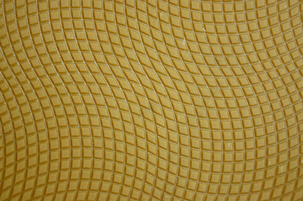 "Резина набоечная каучуковая ""Хвиля""  300*170 т.4,5 мм. беж"