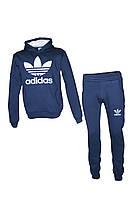 Спортивный костюм Adidas трехнитка штаны на манжете, кофта с капюшоном белым логотипом цвет indigo-white