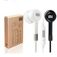 Наушники вакуумные Xiaomi (гарнитура) с микрофоном (пистоны) черные и белые